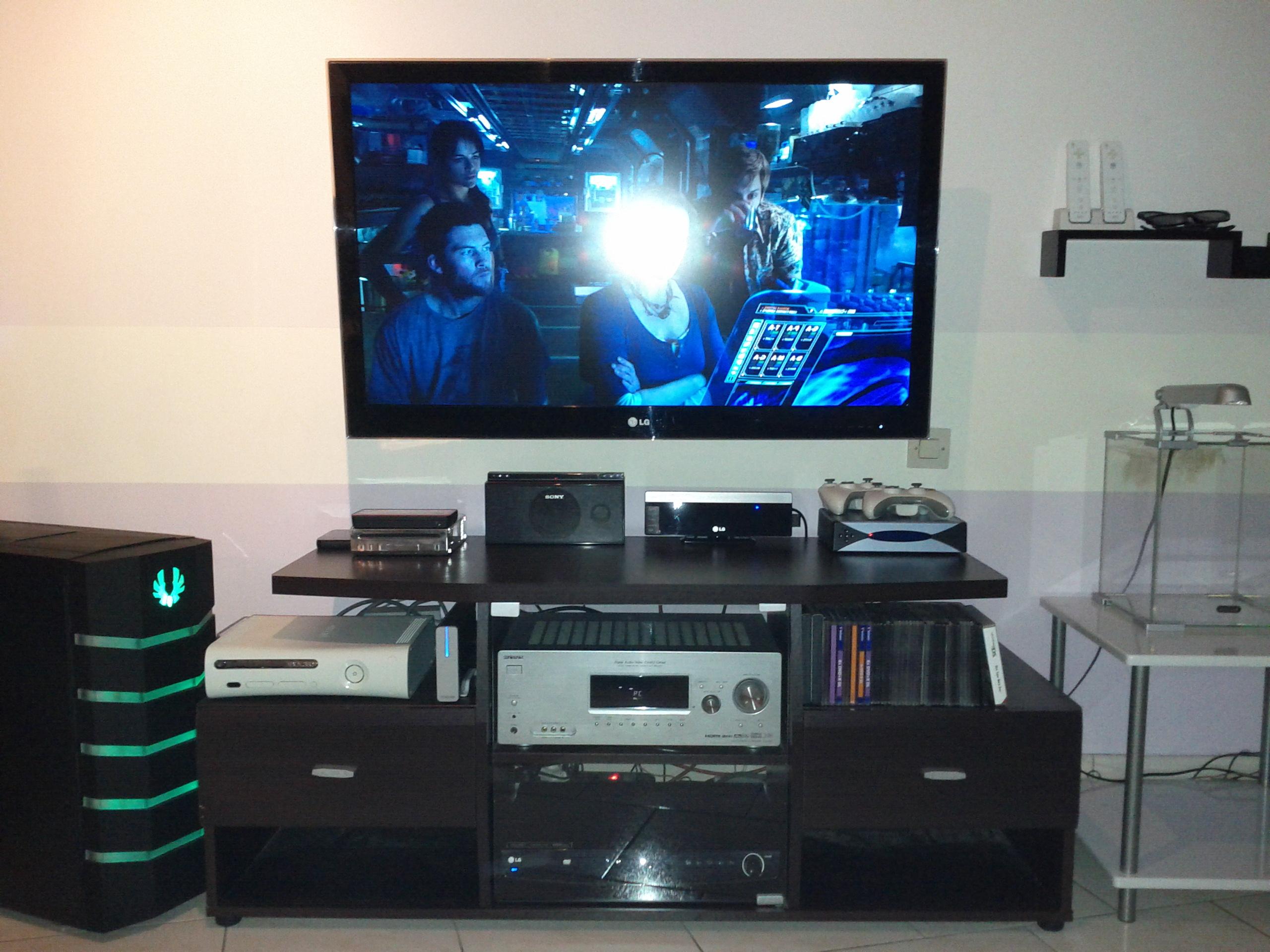 Installer Sa Tv Au Mur Conseils Astuces Et Photos Page 162  # Comment Cacher Les Cables Tv